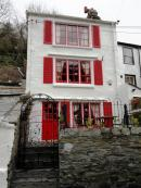 Strawberry Fields - a stunning luxury one bedroom cottage in Polperro